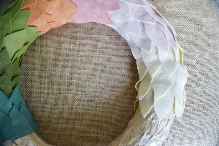 felt ombre wreath tutorial