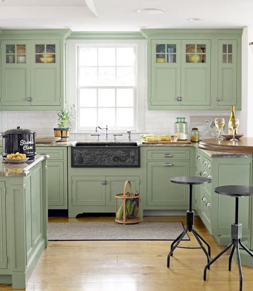 Green Kitchen Cabinets: DIY Crafts