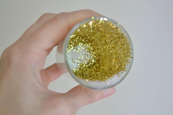 DSC 00101 glitter votive holders {a tutorial}