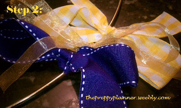 picture3 Ribbon Wreath {A Tutorial}