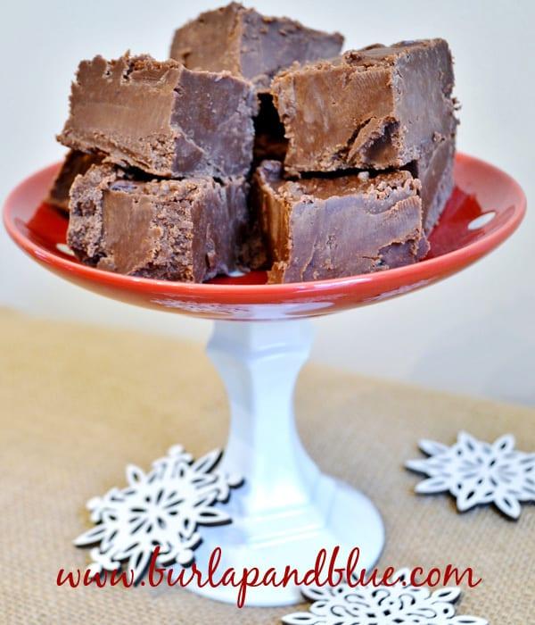 easy chocolate fudge recipe via burlap+blue