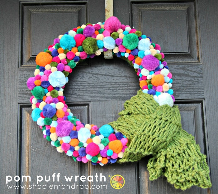 pom pom wreath burlap+blue