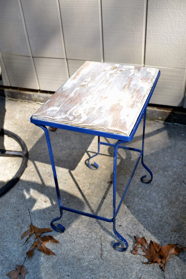 mod podge outdoor table