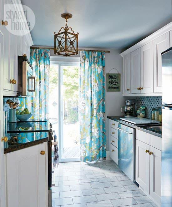 Royal Blue Kitchen Design: DIY Crafts