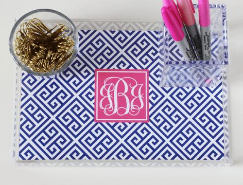 greek-key-monogram-acrylic-tray-insert-navy-hot-pink-500x380