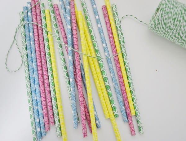 DSC 0053 2 600x455 paper straw garland {a tutorial}