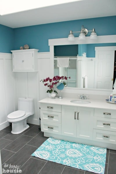 Summer-House-Tour-at-The-Happy-Housie-Ensuite-5