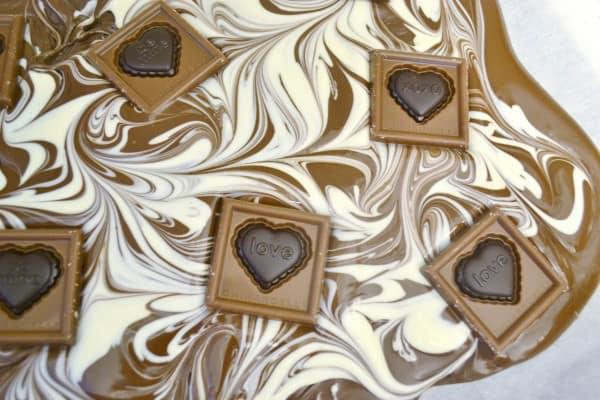 DSC 0055 2 600x400 ghirardelli valentines bark + free printable
