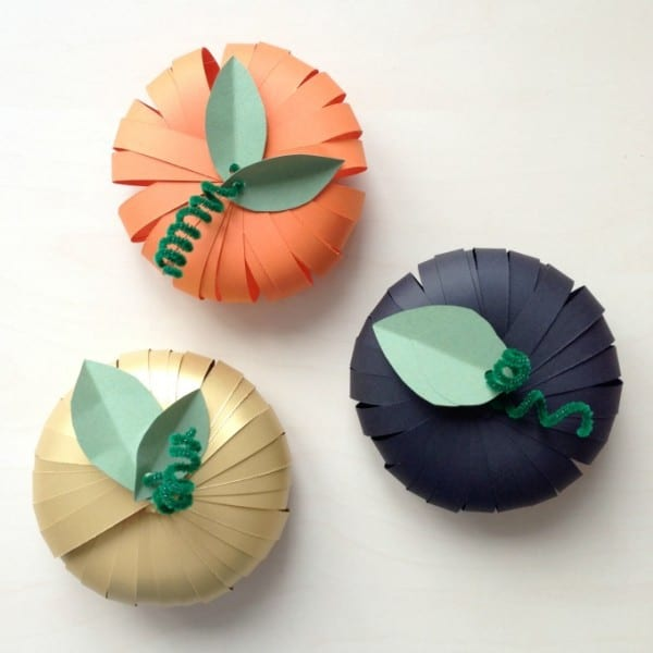 make_paper_pumpkins