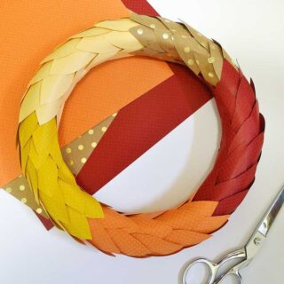 fall paper leaf wreath {a tutorial}