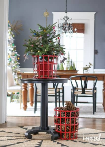 mini-christmas-tree-728x1024