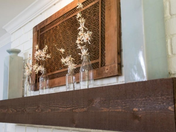 fixer upper photos 1-Room_detail_AFTER_mantle-and-decor_444929-1018673_jpg_rend_hgtvcom_1280_960