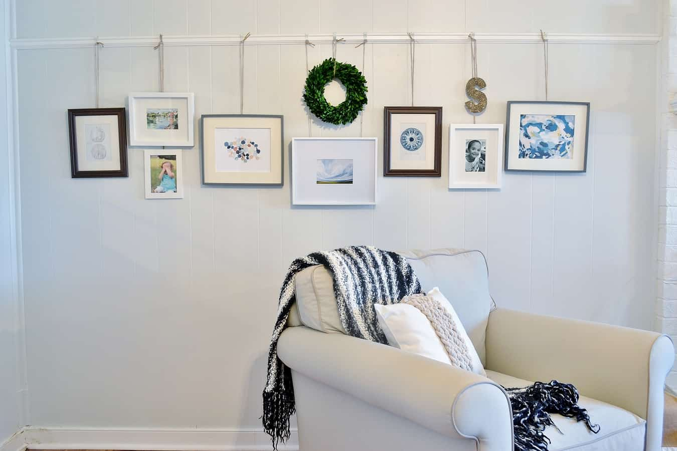 Picture Rail Wall