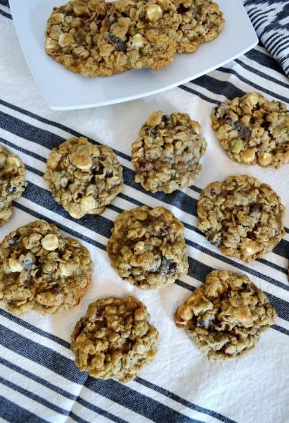 oatmeal white chocolate cookies