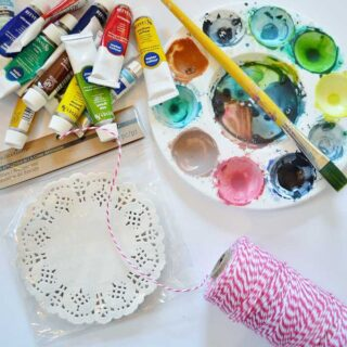 doily and watercolor garland {a tutorial}