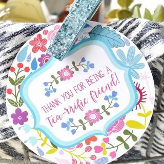 tea gift basket ideas + free printable tags