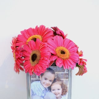 make a diy photo vase