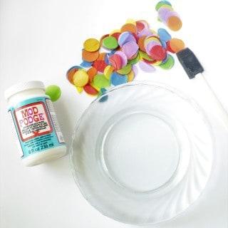 DIY Confetti Plates {a tutorial}